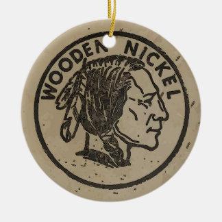 Ornamento De Cerâmica O níquel principal indiano de madeira, adiciona o