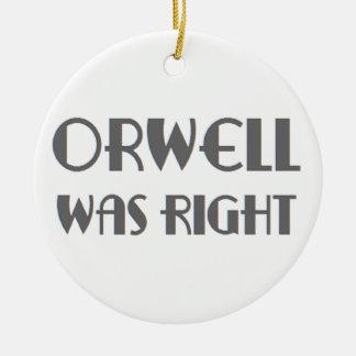 Ornamento De Cerâmica o orwell era direito