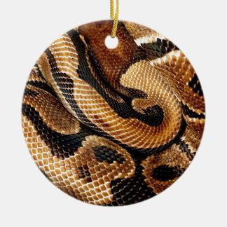 Ornamento De Cerâmica O pitão da bola é uma obra de arte