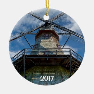 Ornamento De Cerâmica O rio 2 do moinho de vento e do Fox de Fabyan