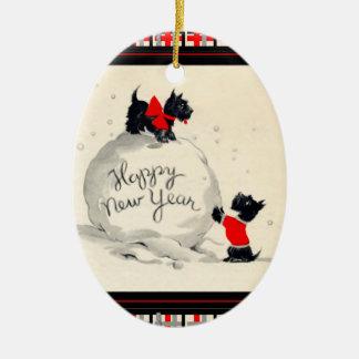 Ornamento De Cerâmica O Scottie persegue o feliz ano novo