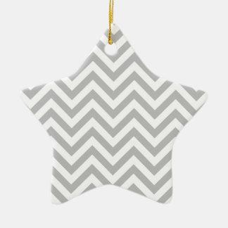 Ornamento De Cerâmica O ziguezague cinzento e branco listra o teste