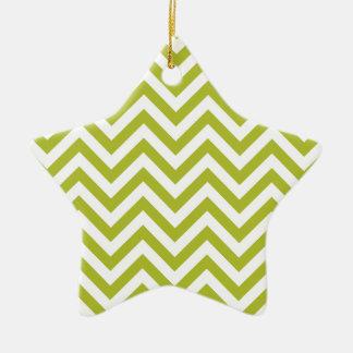 Ornamento De Cerâmica O ziguezague verde e branco listra o teste padrão