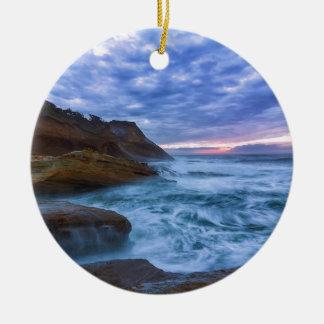 Ornamento De Cerâmica Oceano Pacífico no cabo Kiwanda em Oregon EUA