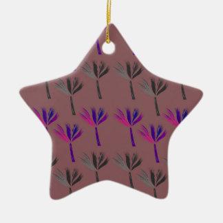 Ornamento De Cerâmica Olhar do eco das palmas do design