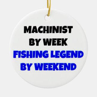 Ornamento De Cerâmica Operador pela legenda da pesca da semana em o fim