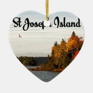 Ornamento De Cerâmica Opinião do lago island de St Joseph