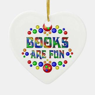 Ornamento De Cerâmica Os livros são divertimento