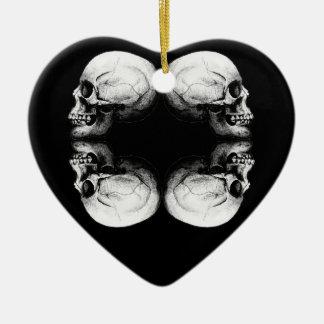 Ornamento De Cerâmica Ossos protetores preto e branco do crânio X4 do