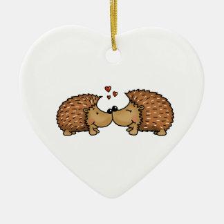 Ornamento De Cerâmica Ouriços no amor