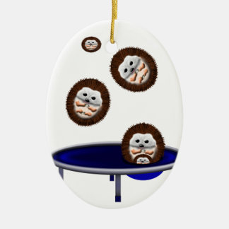 Ornamento De Cerâmica ouriços trampolining bonitos