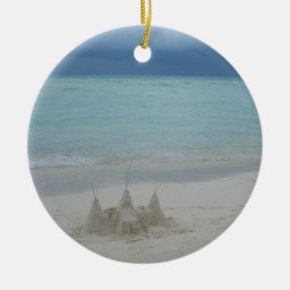 Ornamento De Cerâmica Paisagem tormentoso da praia do Sandcastle