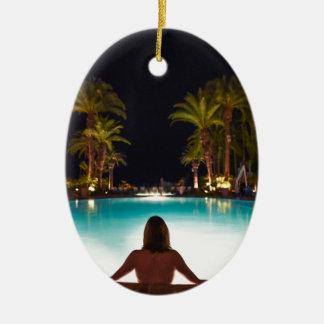Ornamento De Cerâmica Palmas, piscina, mulher e cerveja…