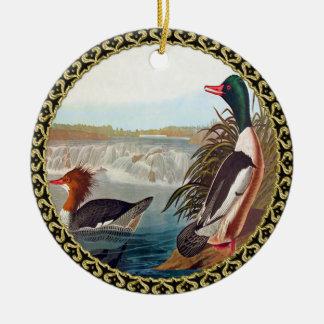 Ornamento De Cerâmica Patos americanos do pato selvagem em uma natação