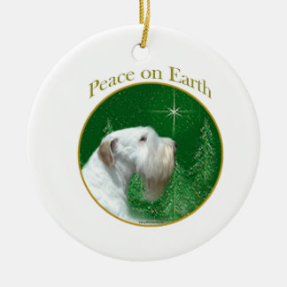 Ornamento De Cerâmica Paz de Sealyham Terrier na terra