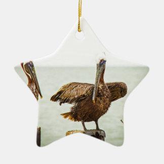 Ornamento De Cerâmica Pelicanos empoleirados em cargos
