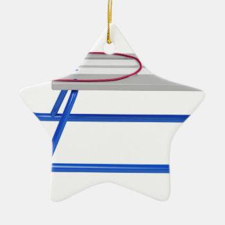 Ornamento De Cerâmica Pequeno trenó no branco