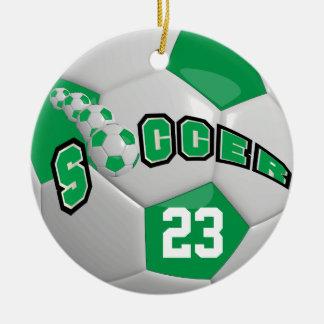Ornamento De Cerâmica Personalize o verde da bola de futebol |