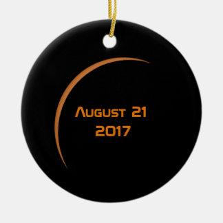 Ornamento De Cerâmica Perto do eclipse solar parcial do 21 de agosto de
