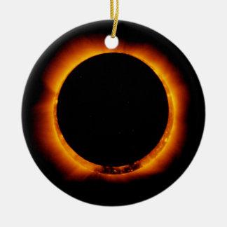 Ornamento De Cerâmica Perto do eclipse solar total