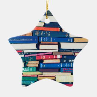 Ornamento De Cerâmica Pilha de livros
