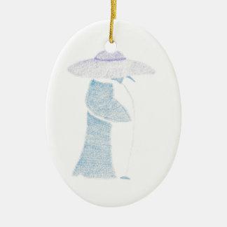 Ornamento De Cerâmica Pinguim em um chapéu flexível