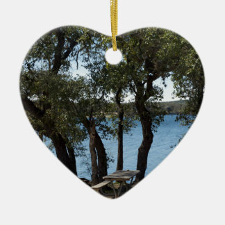 Ornamento De Cerâmica Piquenique no lago