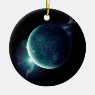 Ornamento De Cerâmica planeta verde no universo com aura e estrelas