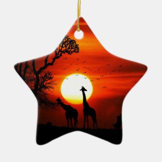 Ornamento De Cerâmica Por do sol alaranjado na silhueta do girafa de