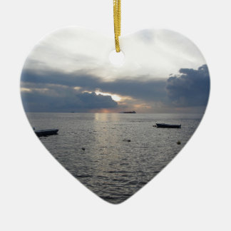 Ornamento De Cerâmica Por do sol morno do mar com navios de carga