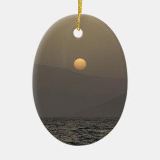 Ornamento De Cerâmica Por do sol sobre montanhas da ilha de Paros