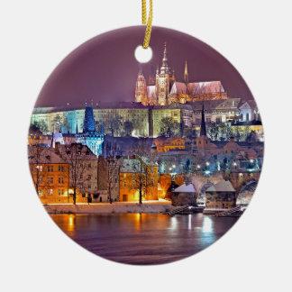 Ornamento De Cerâmica Praga no inverno
