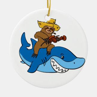 Ornamento De Cerâmica Preguiça do aldeão montada no tubarão