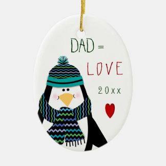 Ornamento De Cerâmica Presente do Natal do pinguim do PAI do amor