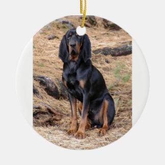 Ornamento De Cerâmica Preto e cão do Coonhound de Tan