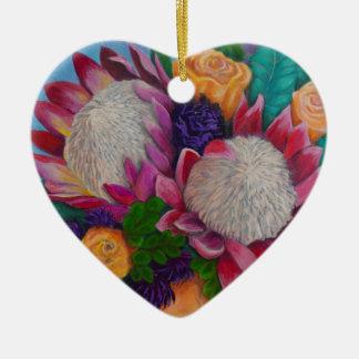 Ornamento De Cerâmica Proteas gigantes e rosas alaranjados