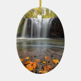 Ornamento De Cerâmica Quedas escondidas no Outono de Clackamas Oregon