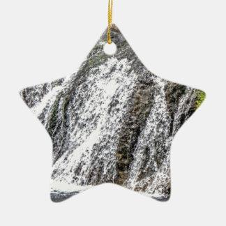 Ornamento De Cerâmica quedas frescas na floresta