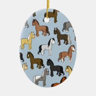 Ornamento De Cerâmica Rebanho bonito dos cavalos