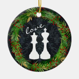 Ornamento De Cerâmica Rei branco personalizado da xadrez, amor do casal