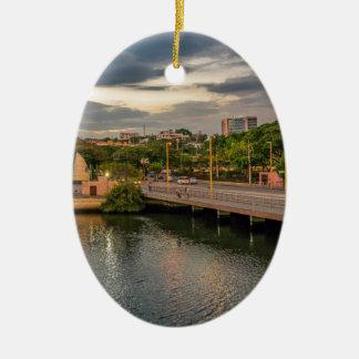 Ornamento De Cerâmica Rio Guayaquil Equador de Estero Salado