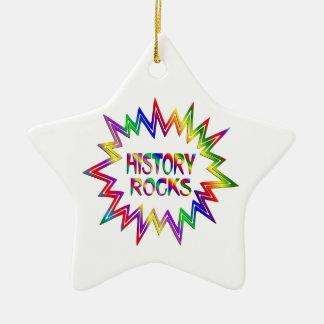 Ornamento De Cerâmica Rochas da história