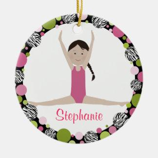 Ornamento De Cerâmica Rosa do cabelo de Brown escuro do Gymnast da
