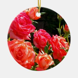 Ornamento De Cerâmica Rosas do pêssego