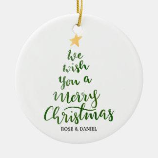 Ornamento De Cerâmica Roteiro verde da tipografia do Feliz Natal da