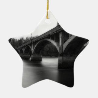 Ornamento De Cerâmica Santuário