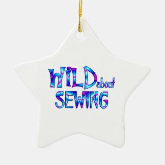 Ornamento De Cerâmica Selvagem sobre Sewing
