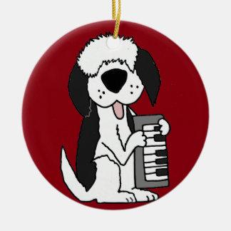 Ornamento De Cerâmica Sheepdog inglês velho engraçado que joga o teclado