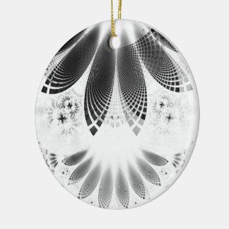 Ornamento De Cerâmica Shikoba de prata, penas bonitas do Fractal de BnW