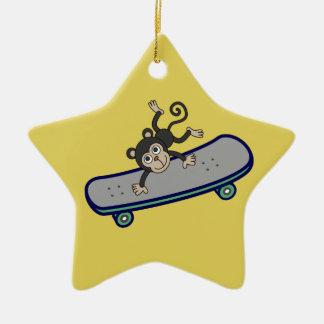Ornamento De Cerâmica skates da equitação do macaco do bebê